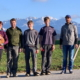 V. l. Viktoria Kieninger, Markus, Johannes, Martin und Thomas Bischof; im Hintergrund das Wahrzeichen des Bregenzerwaldes - der beliebte Aussichtsberg Kanisfluh