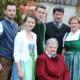Matthias (22), Kristina (15), Florian (20), Oma Johanna, Josef und Marianne Enne (v. l. n. r.)