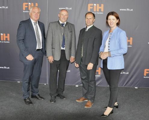 GF Josef Miesenberger, Obm. Johann Hosner, Obm. Stv. Andreas Hartl, Präs. LK OÖ, Michaela Langer-Weninger